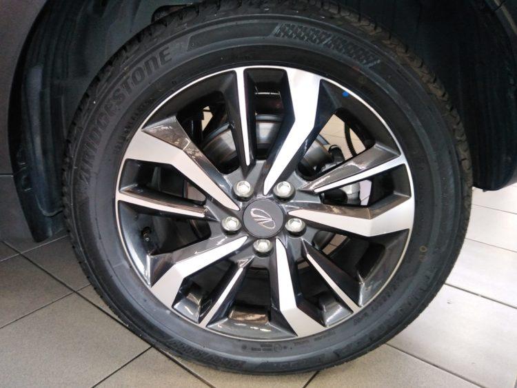 CMH Mahindra Pinetown Mahindra-XUV300-Aloy-wheels-scaled
