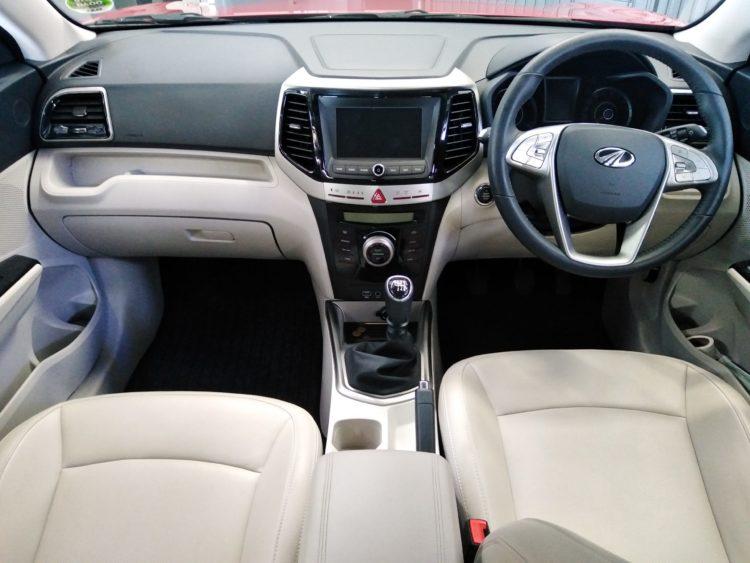 CMH Mahindra Pinetown - Mahindra XUV 300 interior