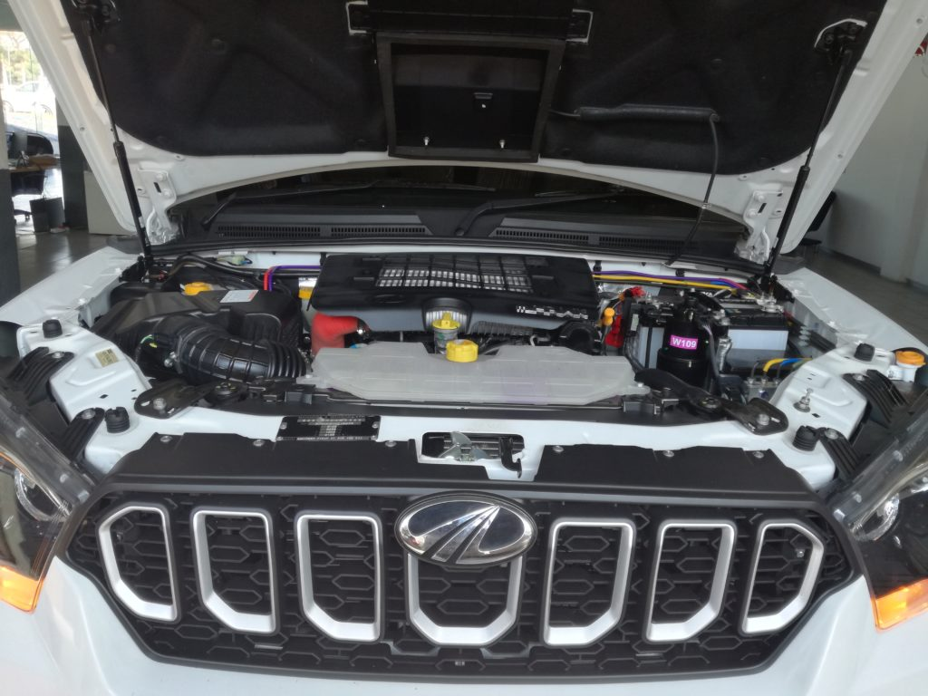 Vehicle Maintenance Engine Check
